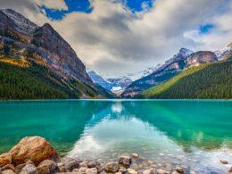 Dünyadaki Eşsiz Yerlerden Biri: Louise Gölü