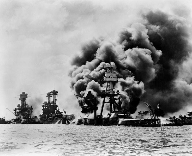 Pearl Harbor saldırısı Birleşik Devletlerin II. Dünya Savaşı'na katılmasını neden olmuştur.