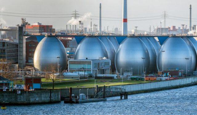 Hamburg, Almanya'da bir tuzdan arındırma tesisi.