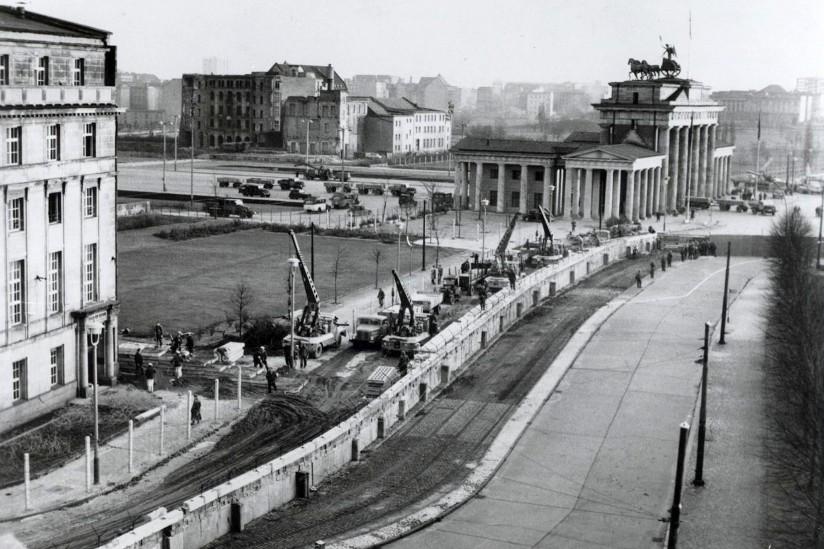 Berlin Duvarı, 1961