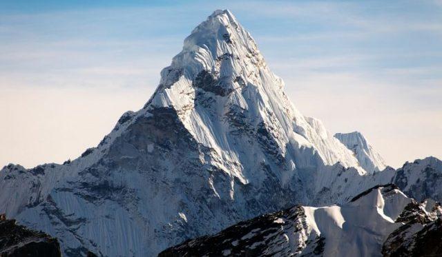 Everest Dağı Nerededir?