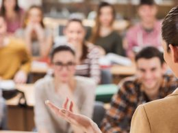 Sizi Geleceğe Hazırlayan Eğitimler: Uzman Kariyer Eğitim Kurumları