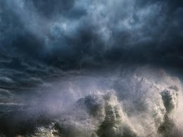 Fırtınalar ve Tropikal Rüzgârlar
