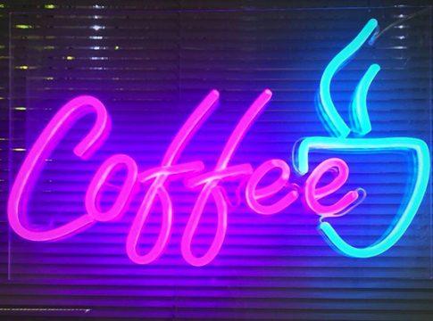 Neon Tabelaların Parlamasını Sağlayan Nedir?